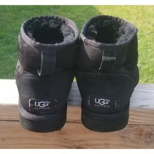 Ugg Classic Short Ankle Height Boots